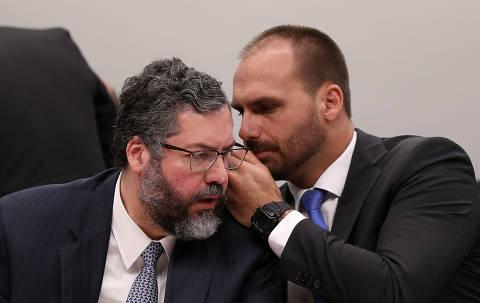 'Não se cogita plano B' à indicação de Eduardo, afirma Ernesto