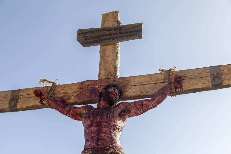 Jesus crucificado na novela Jesus da Record