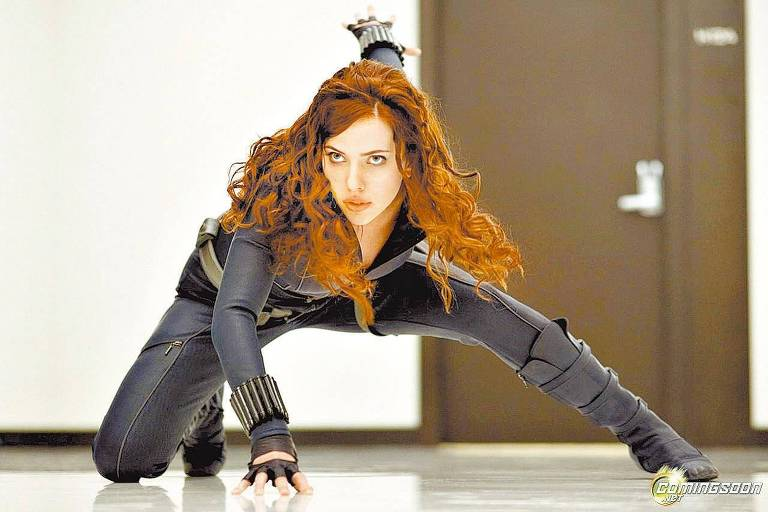 Cena do filme ''Homem de Ferro 2'', em que a atriz, Scarlett Johansson, interpreta o papel de Viúva Negra.