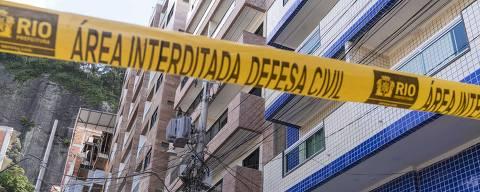 Rio de Janeiro, Rj, BRASIL. 18/04/2019;  Construcoes no  bairro da  Muzema onde dois predios desabaram deixando mortos e  feridos. O local é dominado por milic a que constroes imoveis e cobram aluguel aos moradores.( Foto: Ricardo Borges/Folhapress)