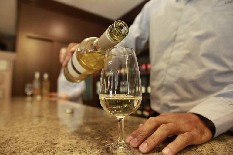 Preço do vinho nacional sobe em SP e se aproxima dos importados