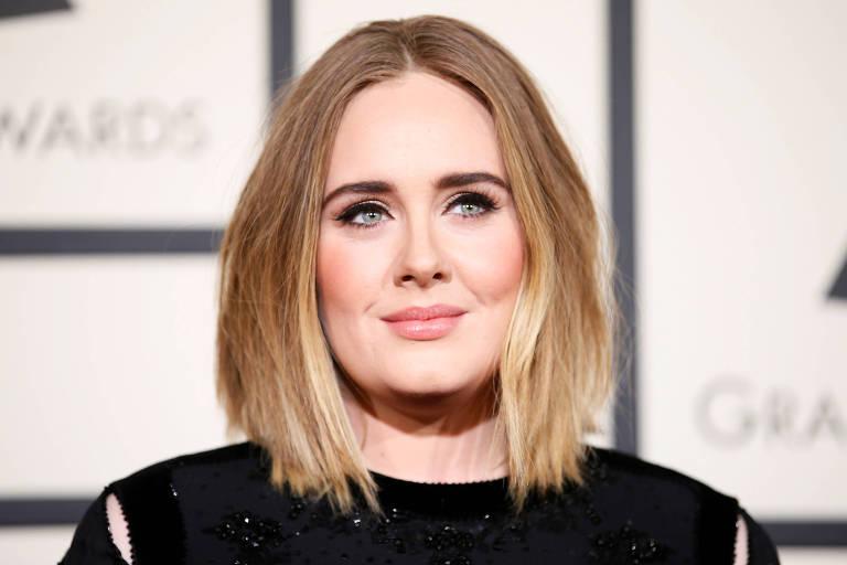 Adele se divórcio em abril deste ano