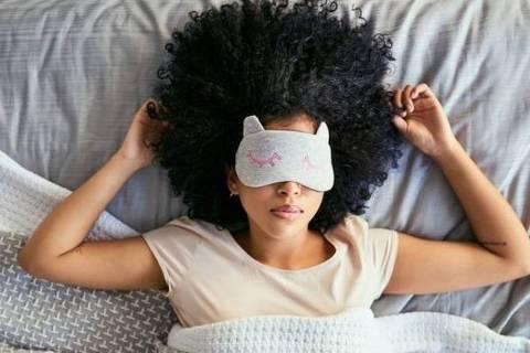 Quando a insônia chega, o ideal é tentar fazer uma outra atividade até que o sono chegue
