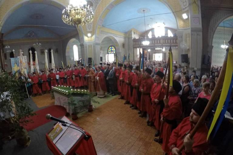 A Irmandade dos Cossacos em Prudentópolis (PR); tradição remonta à chegada dos primeiros imigrantes