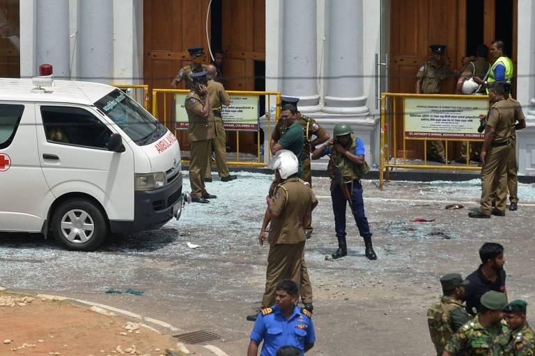 Ao menos 207 pessoas foram mortas em uma série de explosões em hotéis de luxo e igrejas católicas no Sri Lanka.