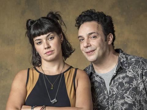 Sara ( Veronica Debom ) e Abner ( Marcelo Medici )
