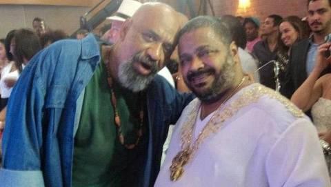 Os músicos Acyr Marques e o irmão, Arlindo Cruz