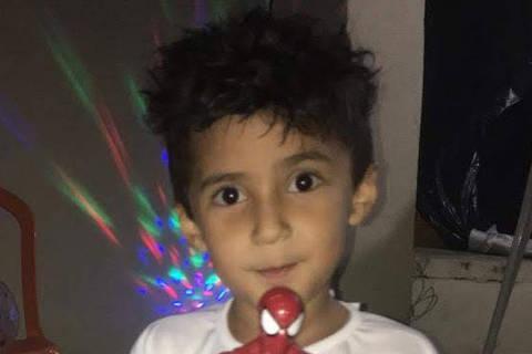 Leandro dos Santos Silva, 5 anos, atropelado por viatura da PM (Reprodução)