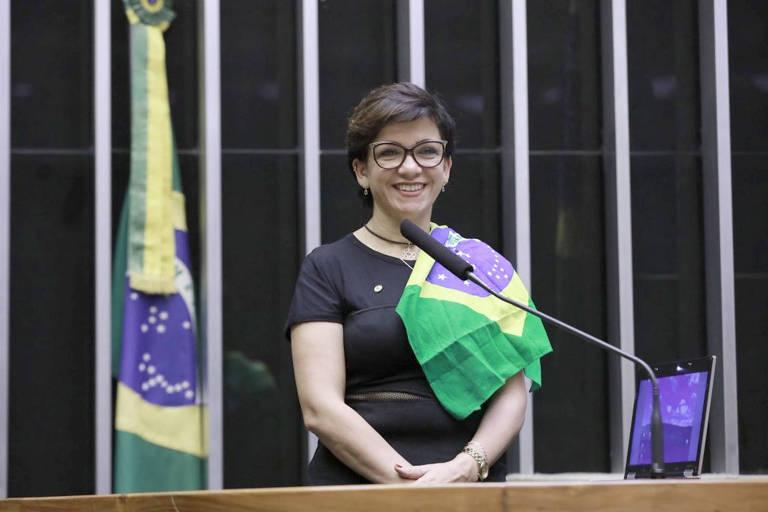 A deputada federal Alê Silva (PSL-MG) no plenário da Câmara dos Deputados