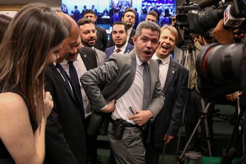 Partido de Bolsonaro tem ego de nível intelectual sofrível, diz investidor