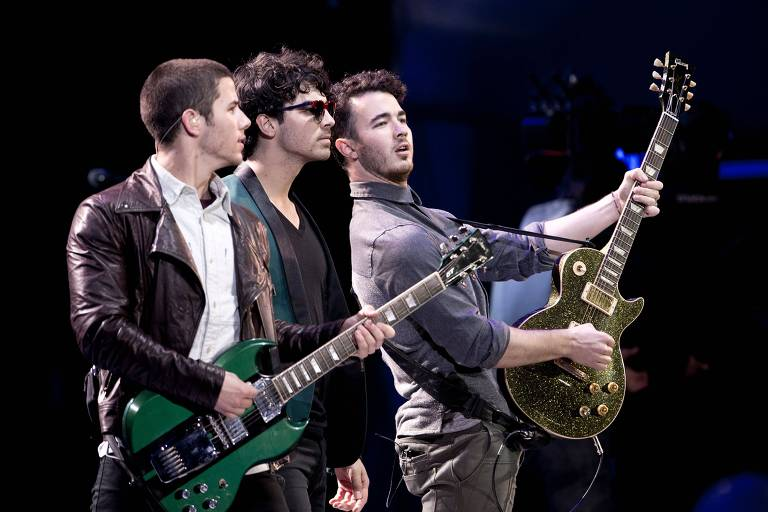 Jonas Brothers lançarão novo álbum em junho