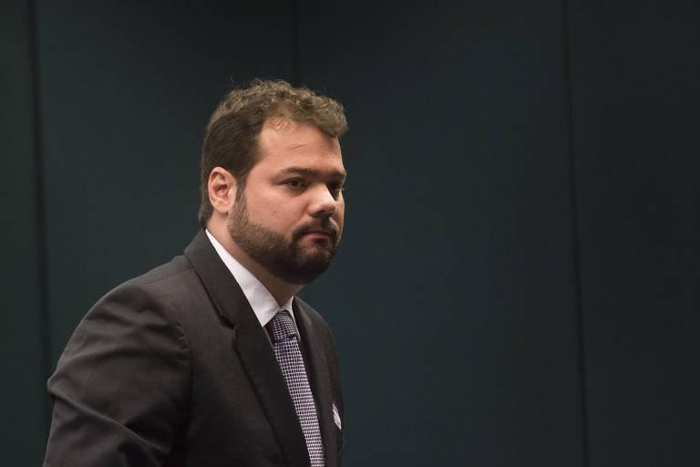 O delator Mateus Coutinho, que trabalhou na OAS, comparece à CPI da Petrobras em 2015