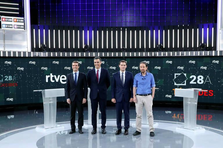Os principais candidatos à chefia de governo nas eleições espanholas: Pablo Casado (PP), Pedro Sanchez (PSOE), Albert Rivera (Ciudadanos) e Pablo Iglesias (Podemos) no debate de segunda-feira (22) à noite