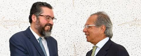 Almoço de trabalho com o Ministro Paulo Guedes. Coordenamos pontos sobre Mercosul, Davos, OCDE e visita do Presidente Macri ao Presidente Bolsonaro.