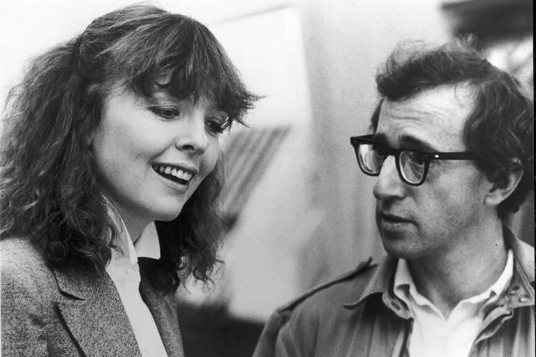 Woody Allen e Diane Keaton em cena do filme 'Manhattan', de 1979