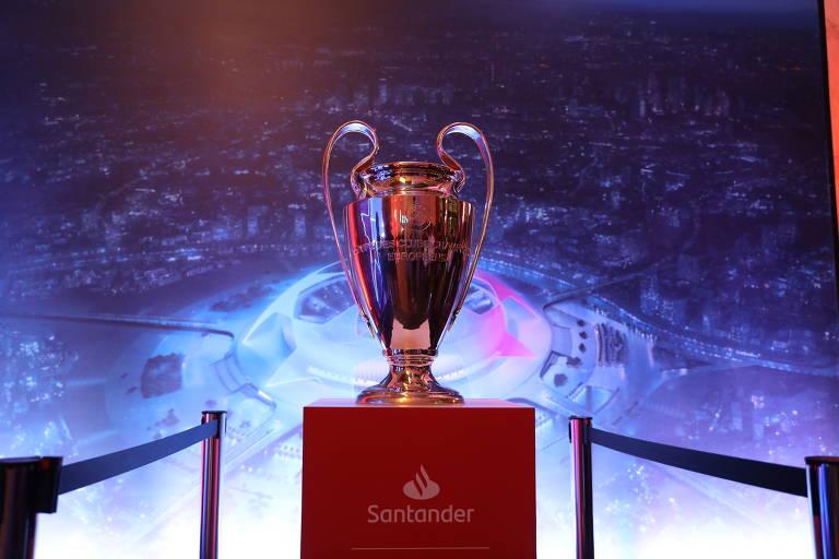 A taça da Liga dos Campeões, conhecida como Orelhuda