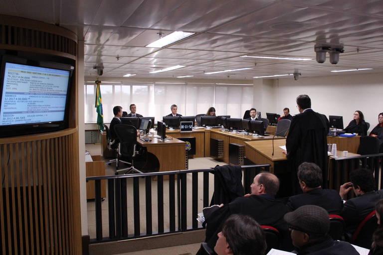 Julgamento na turma do TRF-4, com sede em Porto Alegre, que cuida dos processos da Lava Jato