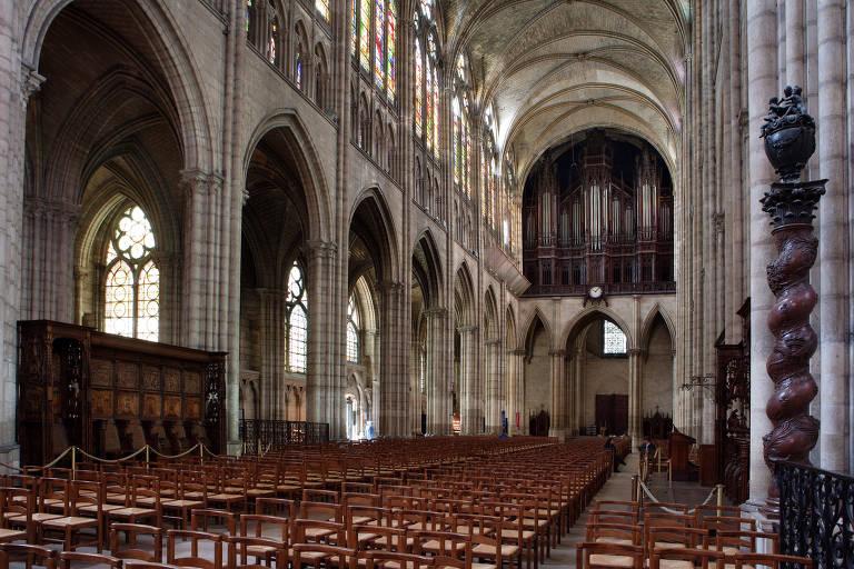 Basílica de Saint-Denis, nos arredores de Paris