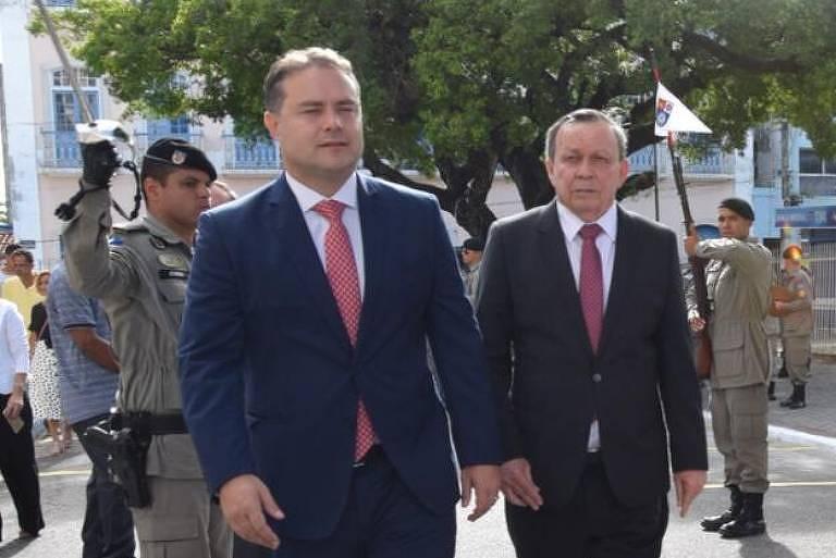 O governador de Alagoas, Renan Filho (à esq.), que nomeou irmão para o Tribunal de Contas do Estado