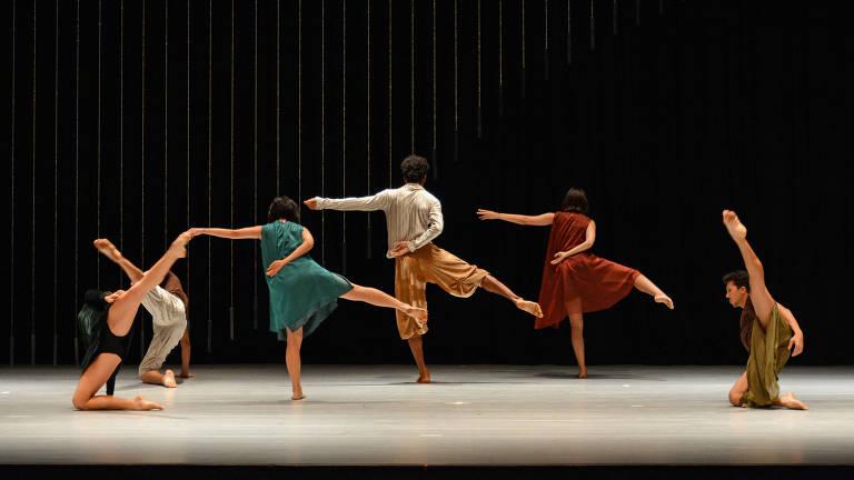 Quasar Companhia de Dança no espetáculo