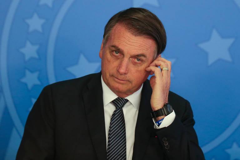 O presidente Jair Bolsonaro (PSL), que voltou a defender o filho Carlos (PSC-RJ) de críticas