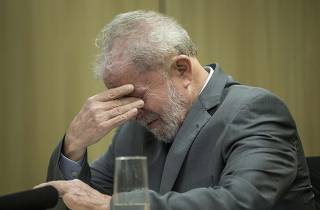 Lula se emociona ao falar do neto, que morreu no início de março deste ano