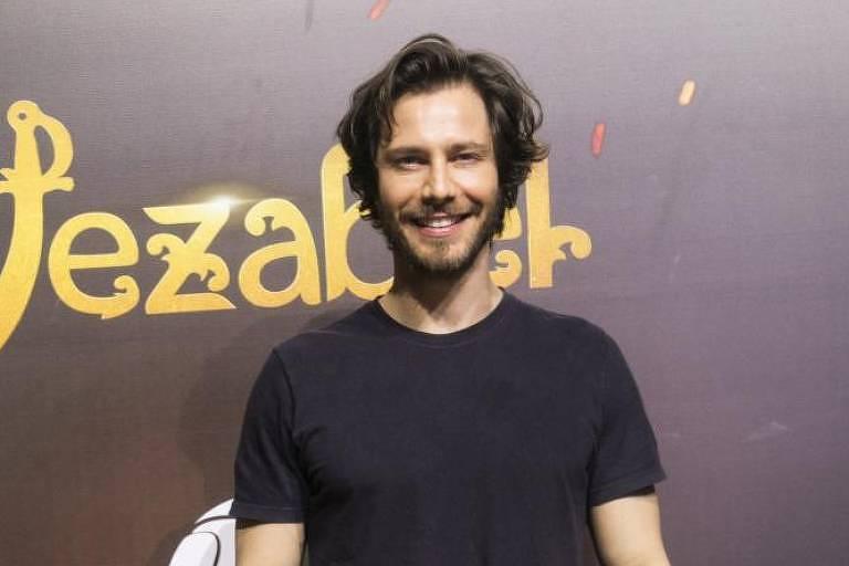 "Andre Bankoff vive o rei Acabe em ""Jezabel"", da TV Record"