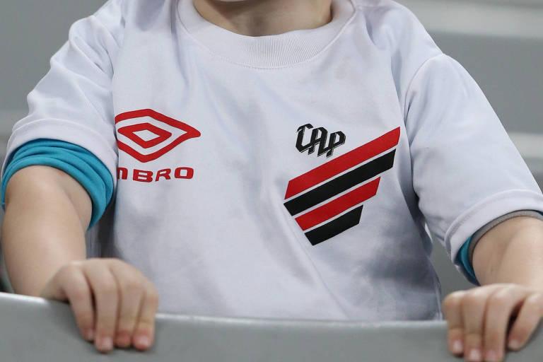 Athletico-PR promoveu uma ruptura histórica com o seu novo escudo, lançado no fim do ano passado