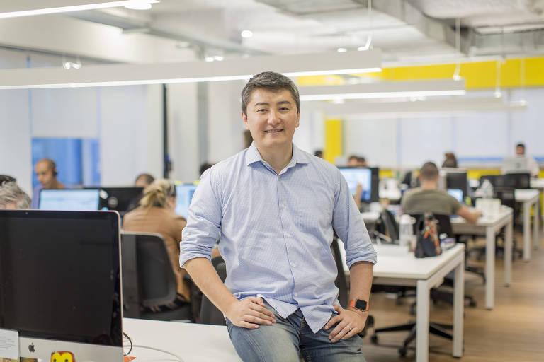 Marcelo Fujimoto, 40, diretor-executivo da Mandaê, na sede da empresa, em São Paulo