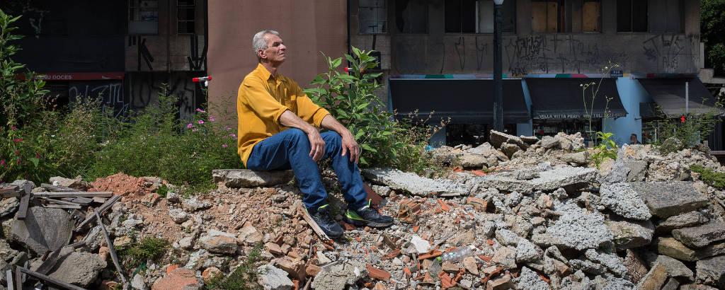 Porteiro Almir da Paixao Cardoso, 56, um dos sobreviventes da queda do prédio Wilton Paes de Almeida, no centro de SP