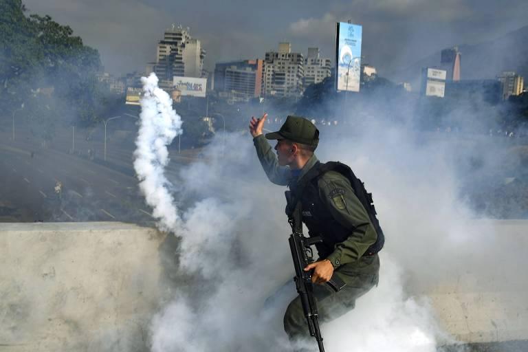 Guaidó tenta derrubar ditadura de Maduro em abril de 2019