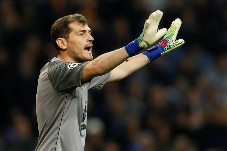 Iker Casillas durante jogo do Porto contra a Roma, pela Champions League