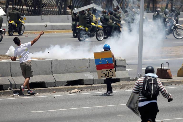 Problemas de comunicação são triviais perto dos riscos reais de cobrir a crise na Venezuela