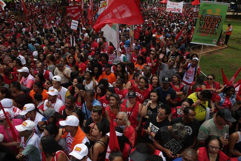 Veja fotos das manifestações de 1º de maio de 2019