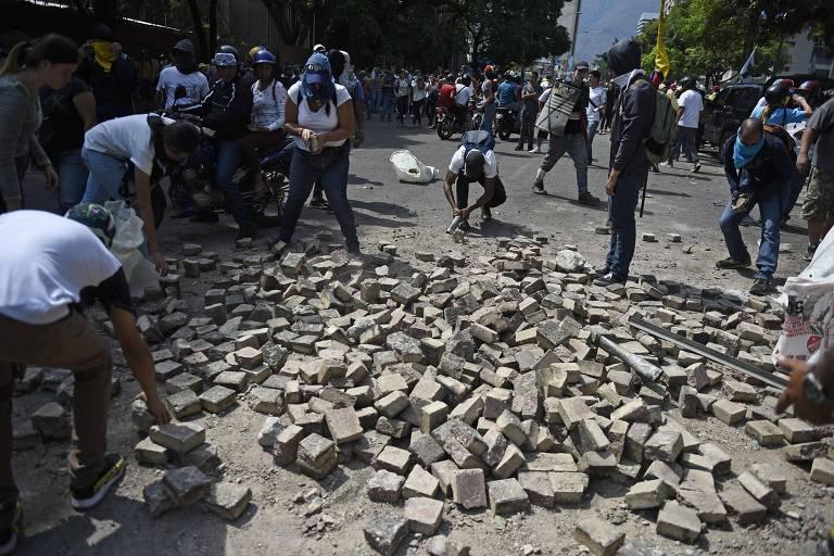 15567428705cca02d65dc22_1556742870_3x2_md Repressão aumenta na Venezuela, e Guaidó promete ações diariamente