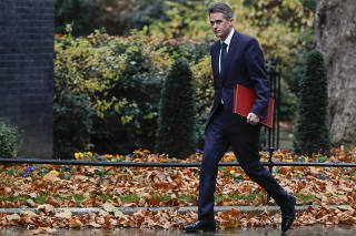BRITAIN-LONDON-DEFENSE SECRETARY-SACKING