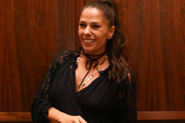 Adriane Galisteu inicia bateria de exames para ser mãe de novo