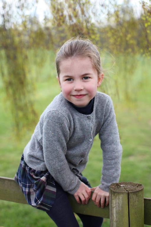 Crianças da família real britânica - Oficial