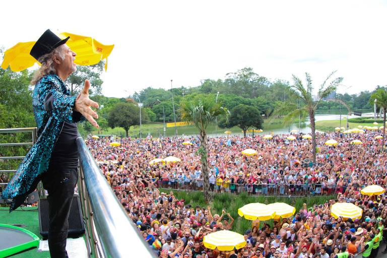 Alceu Valença no bloco Bicho Maluco Beleza, no Carnaval deste ano em São Paulo