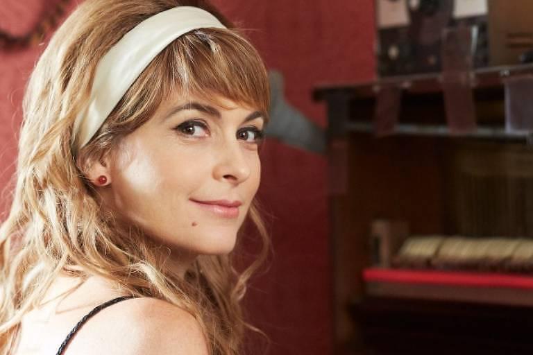 Cláudia Abreu, atriz, 48