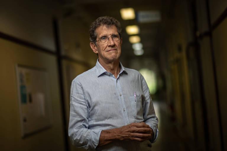 O médico e professor da Faculdade de Saúde Pública da USP Carlos Augusto Monteiro, um dos 12 brasileiros de uma seleta lista de pesquisadores cuja pesquisa tem alto impacto global