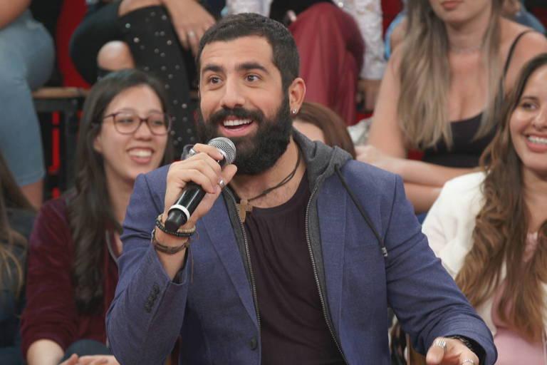 O ex-BBB Kaysar, e agora ator, que interpreta o personagem Fauze