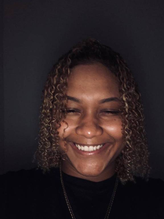 A produtora carioca Iasmin Turbininha, conhecida pelos funks 150 BPM