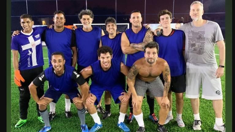 Galãs de O Sétimo Guardião no futebol