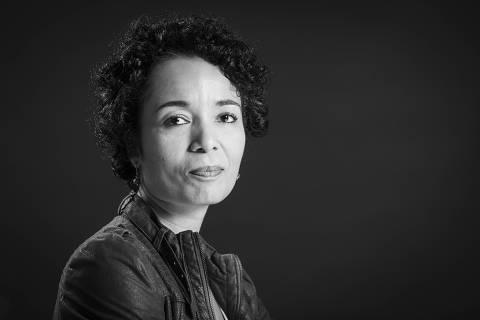 Sao Paulo, SP, BRASIL, 25-04-2019:  Retrato da jornalista Flavia Lima, nova Ombudsman da Folha  (Foto: Eduardo Knapp/Folhapress, PODER).
