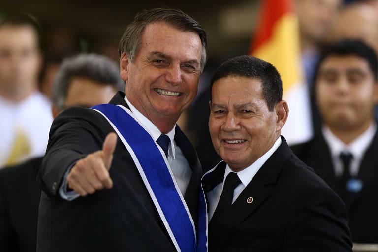 O presidente Jair Bolsonaro e o vice, general Hamilton Mourão