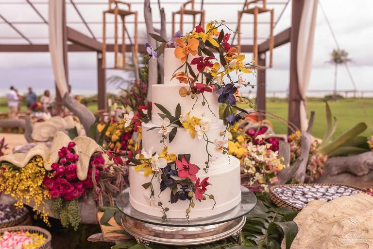 Bolo de casamento do casamento na Capela dos Milagres (AL)