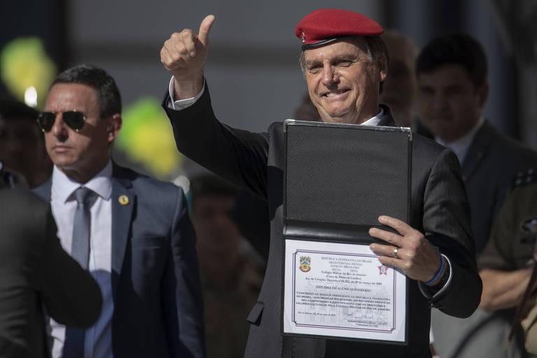 O presidente Jair Bolsonaro (PSL) durante cerimônia em colégio militar no Rio de Janeiro