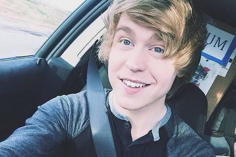 O cantor e youtuber Austin Jones