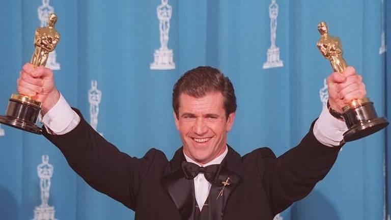 Mel Gibson ganhou mais de um Oscar por Coração Valente - mas isso não o livrou das críticas sobre as imprecisões históricas no filme sobre o guerreiro escocês William Wallace